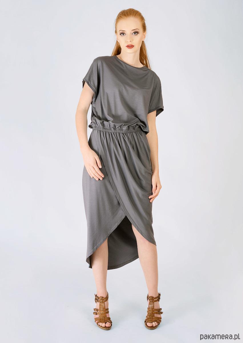 stalowa sukienka z marszczeniem