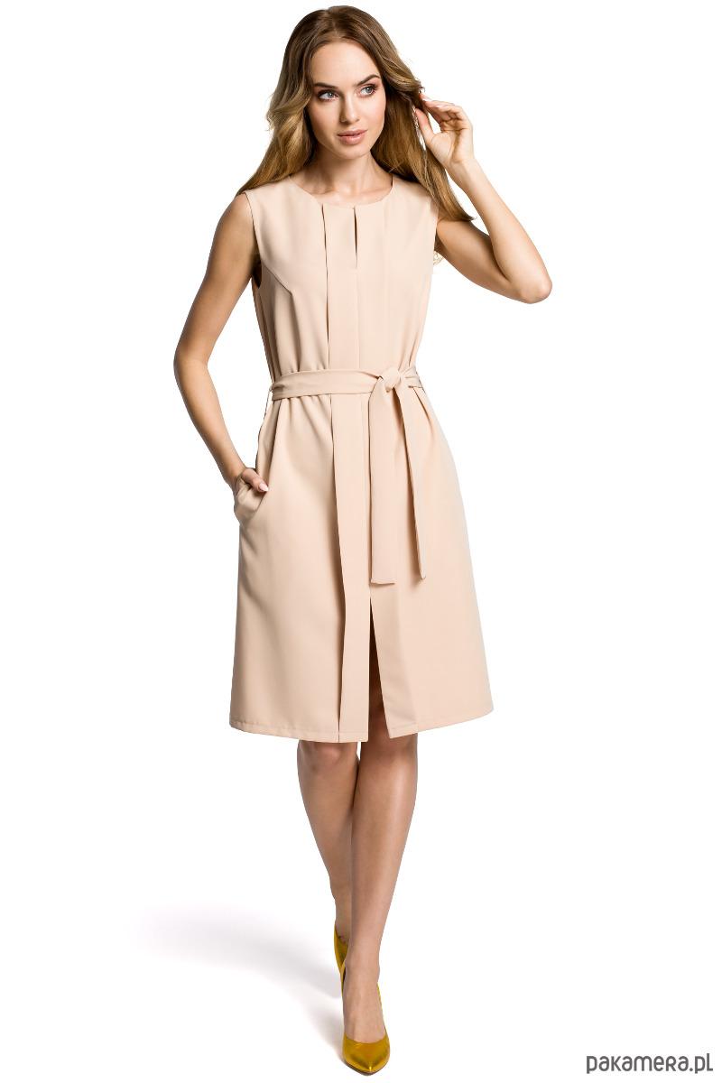 Sukienka bez rękawów z plisą po środku
