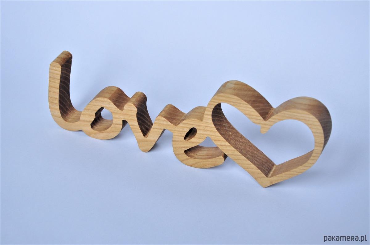 Drewniany Napis Love Jesion Pakamerapl