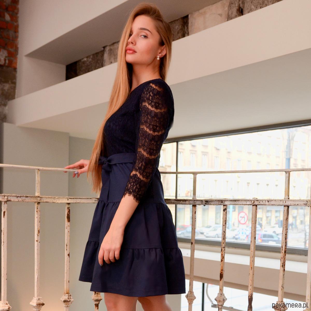 Sukienka Bianca z koronką COMO