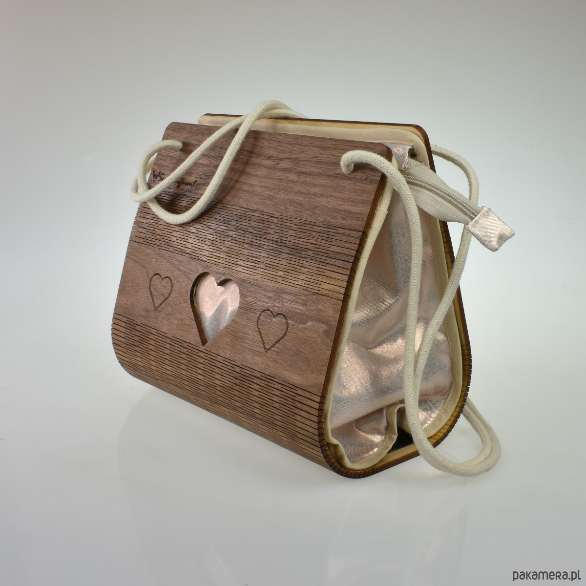 036411670a7e1 torby na ramię - damskie-Drewniana torebka na sznurku