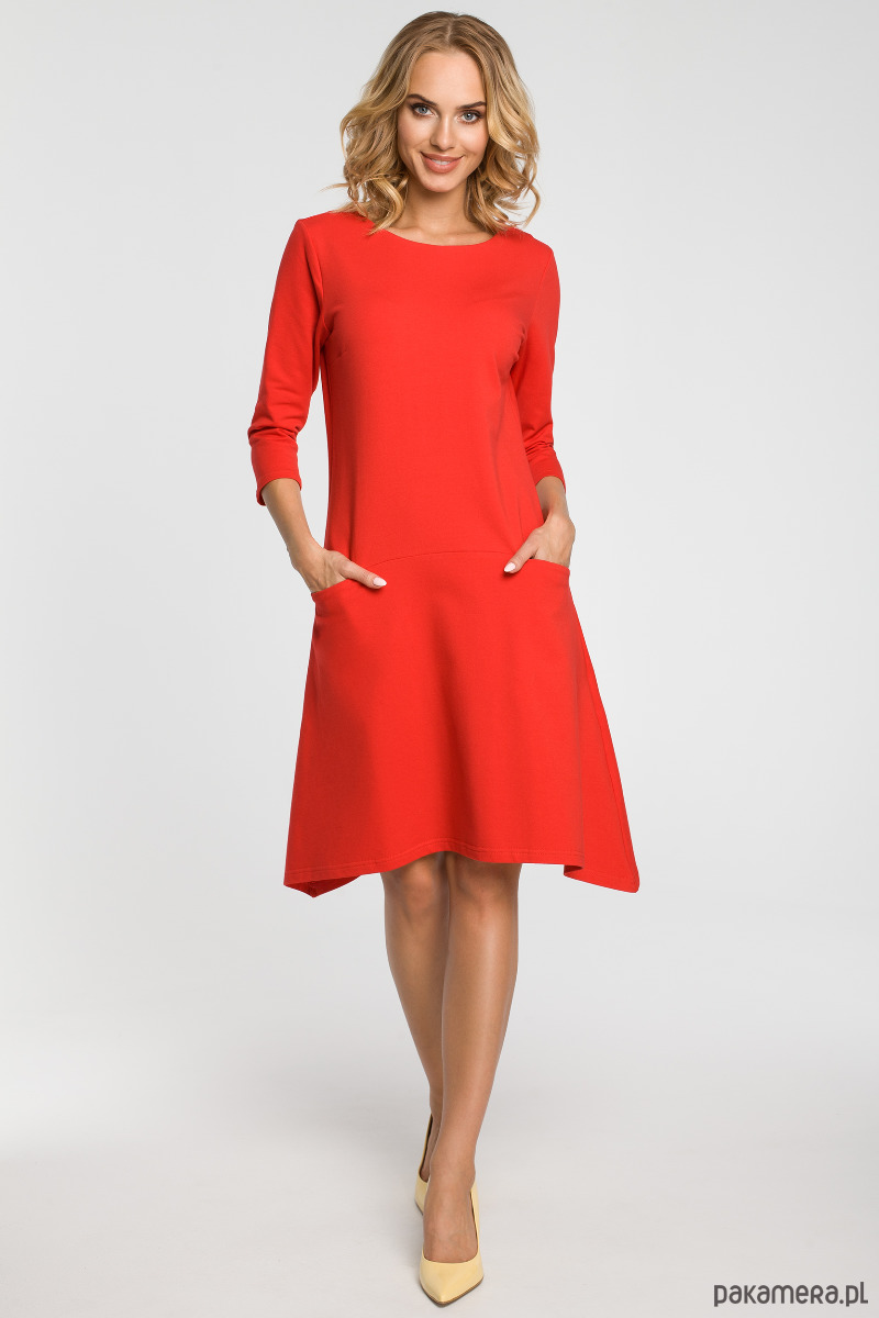 Sukienka z obniżoną talią i kieszeniami