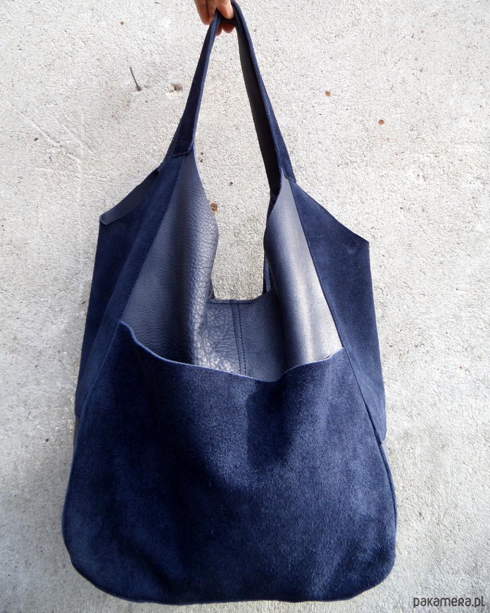681f564c79e1a Granatowa miękka skórzana torba - torby na ramię - damskie - Pakamera.pl