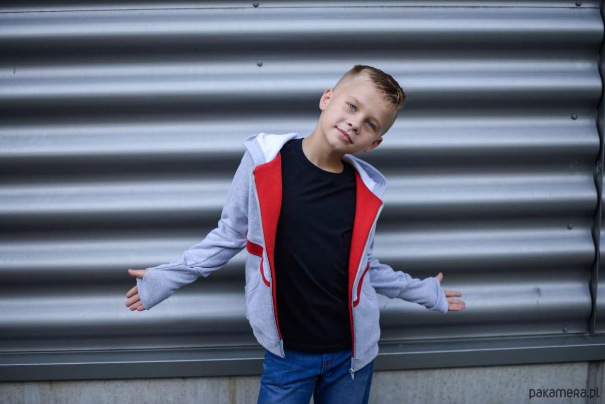 78e1f8cc7748af Bluza chłopięca Red szara - chłopiec - bluzy - chłopiec - Pakamera.pl
