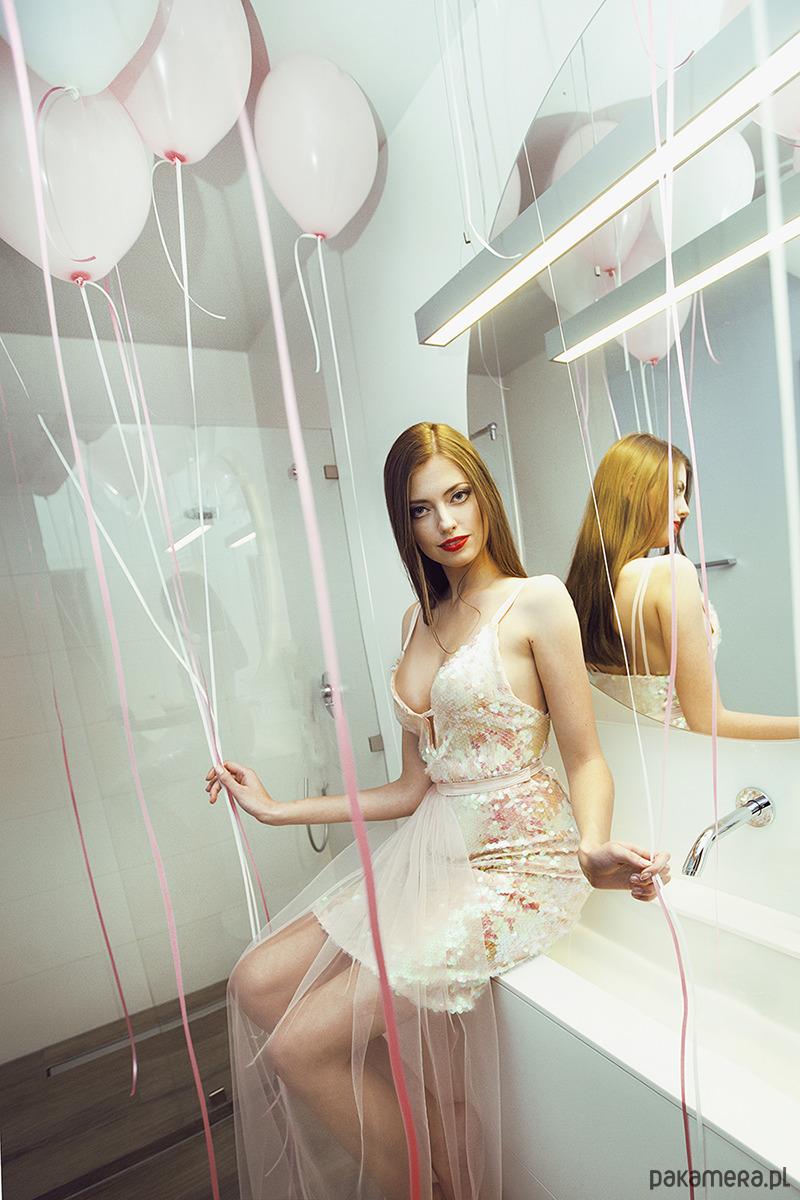 Magie - suknia cekinowa w odcieniu różu