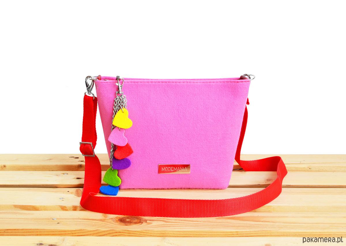 e3c9628794722 Różowa torebka z filcu na ramię - torebki mini - Pakamera.pl