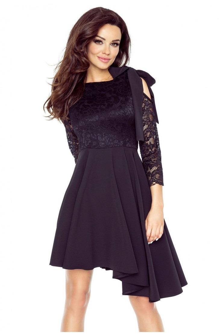 Sukienka z plisowaną spódniczką