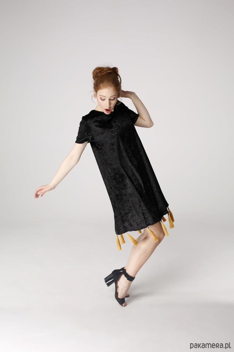 Sukienka trapezowa kos nadzwyczajny