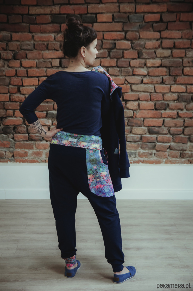 Spodnie dresowe damskie MOSAIC - baggy granat