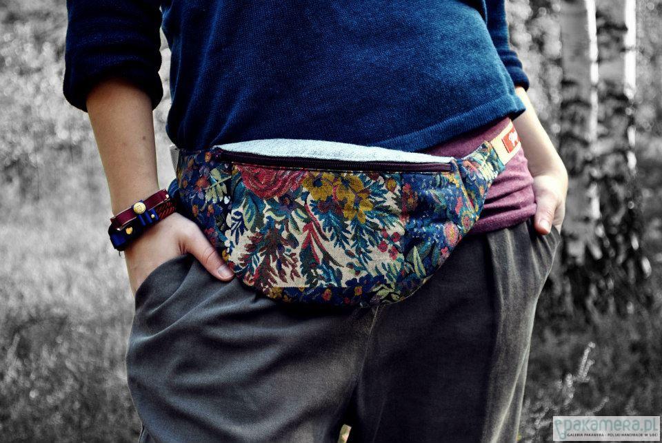 Nerki Damskie Yogi Babu Projekt Kidney Bag 06