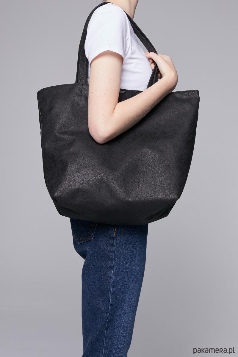205ce351a58e4 Zamszowa torba - shopper black - torby na ramię - damskie - Pakamera.pl