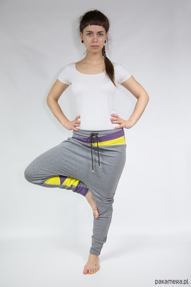 Spodnie damskie baggy - dres (żółte trójkąty)