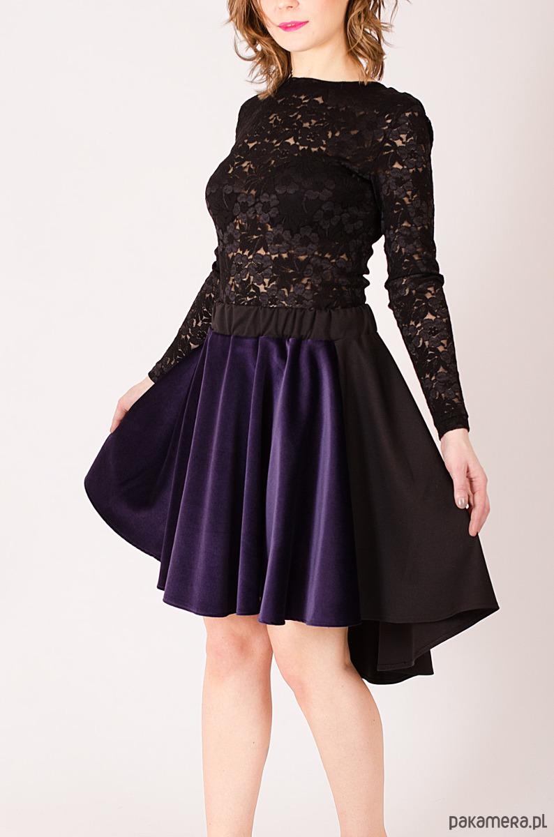 Spódnica z fioletowego aksamitu