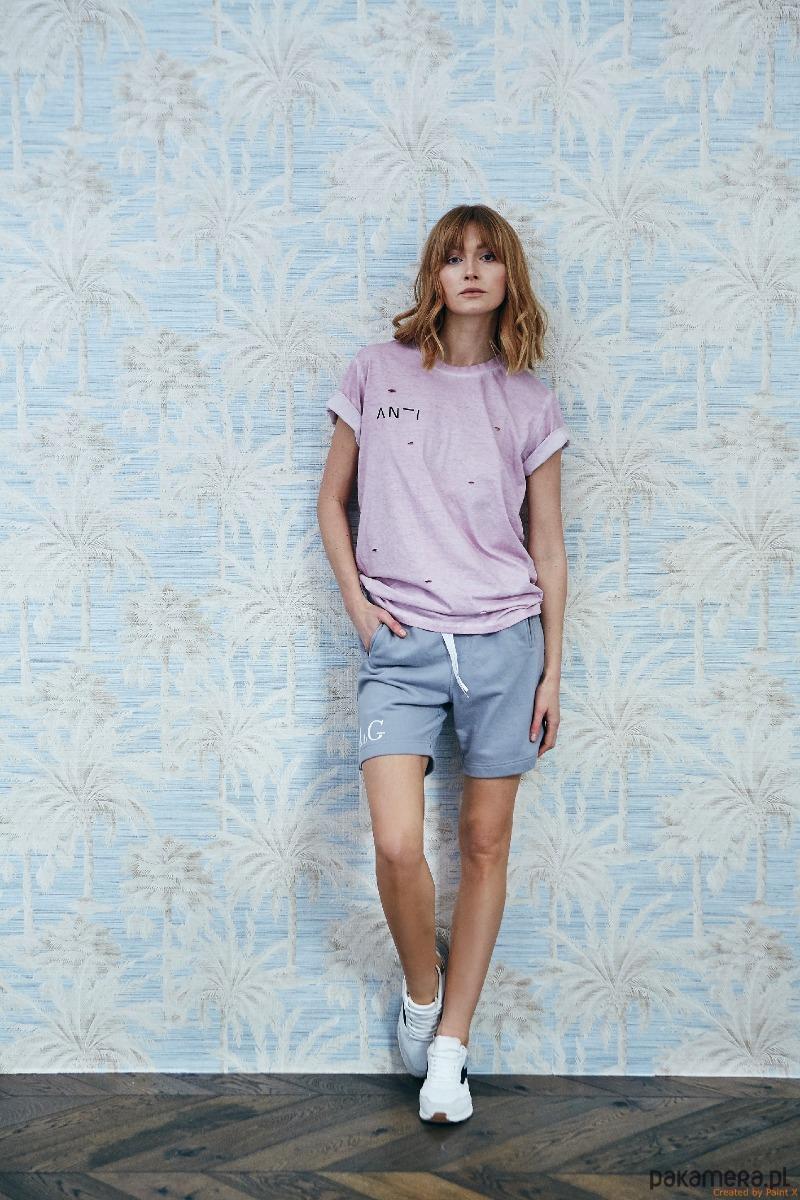 T-shirt damski w kolorze brudnego różu