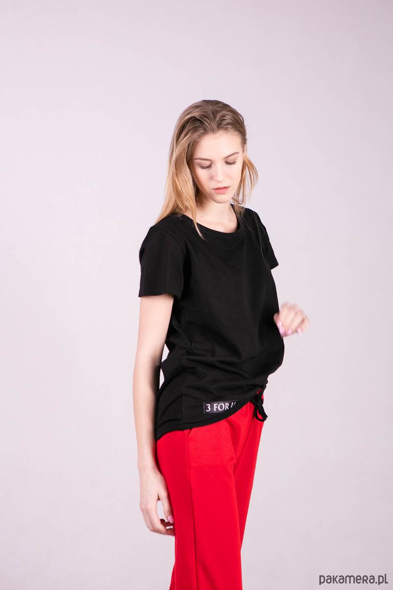 T-shirt damski BASIC-CZARNY