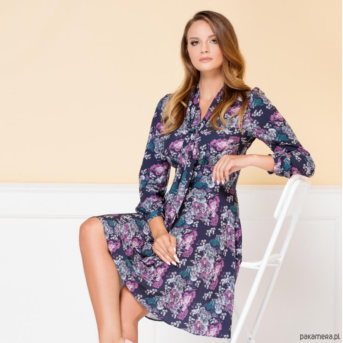 Sukienka Stella Granatowa w kwiaty COMO