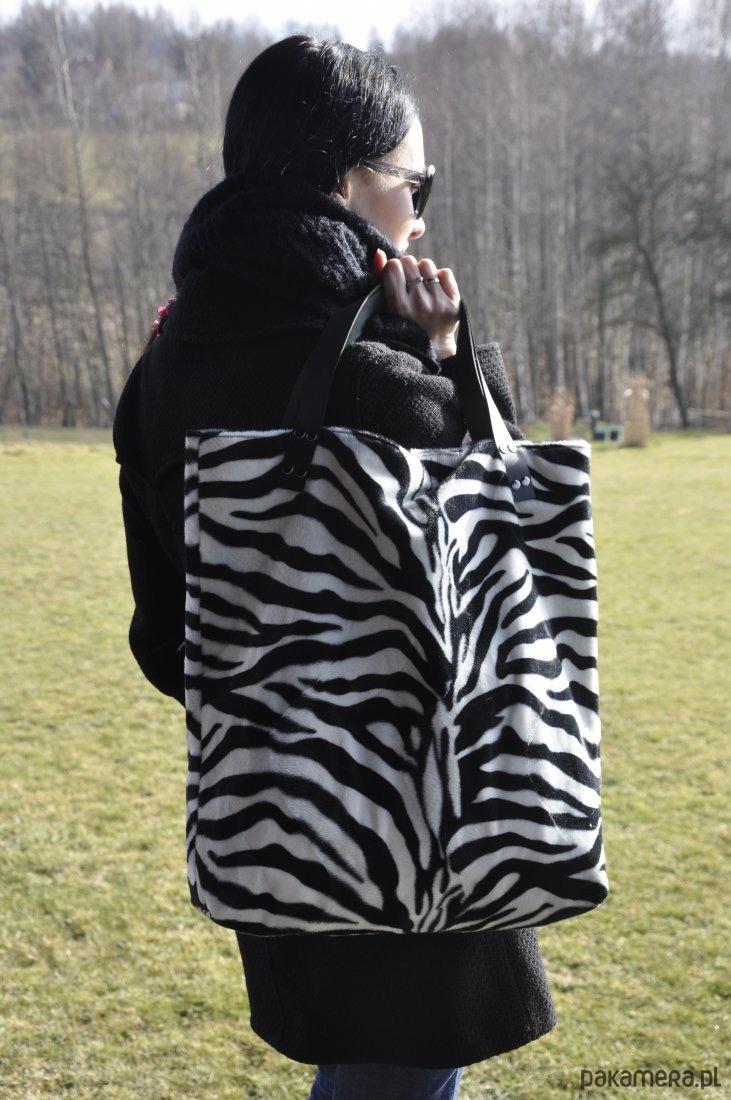 28892c96ab7af Torba tote XXL - zebra - torby na ramię - damskie - Pakamera.pl