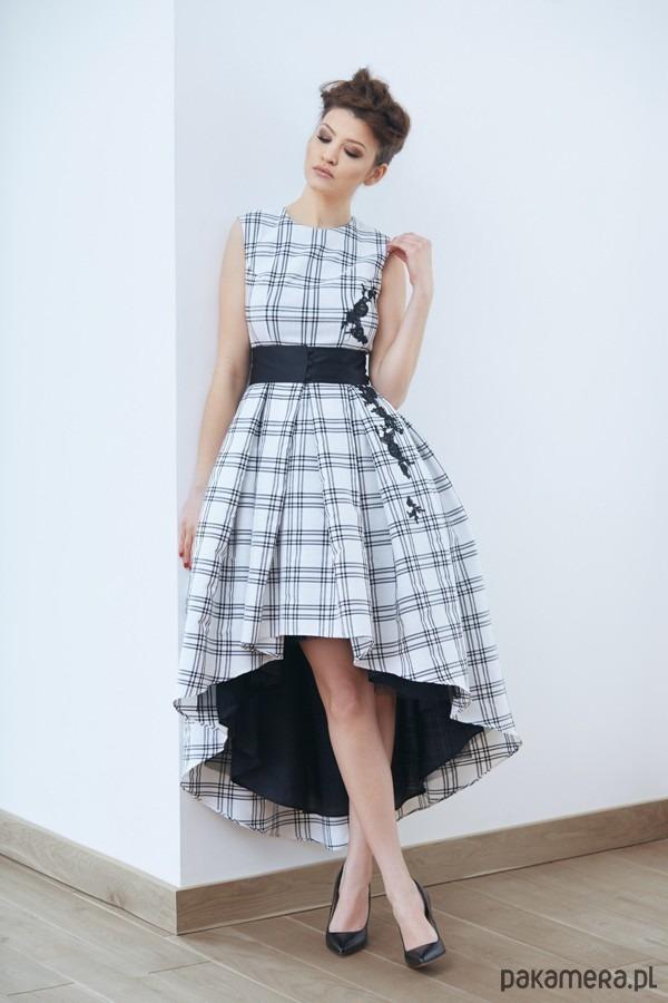 Sukienka Naofumi