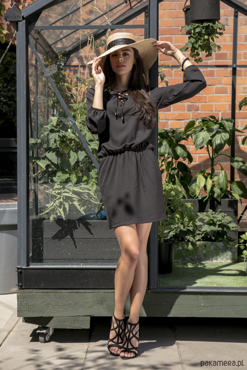 Sukienka koktajlowa czarna F544