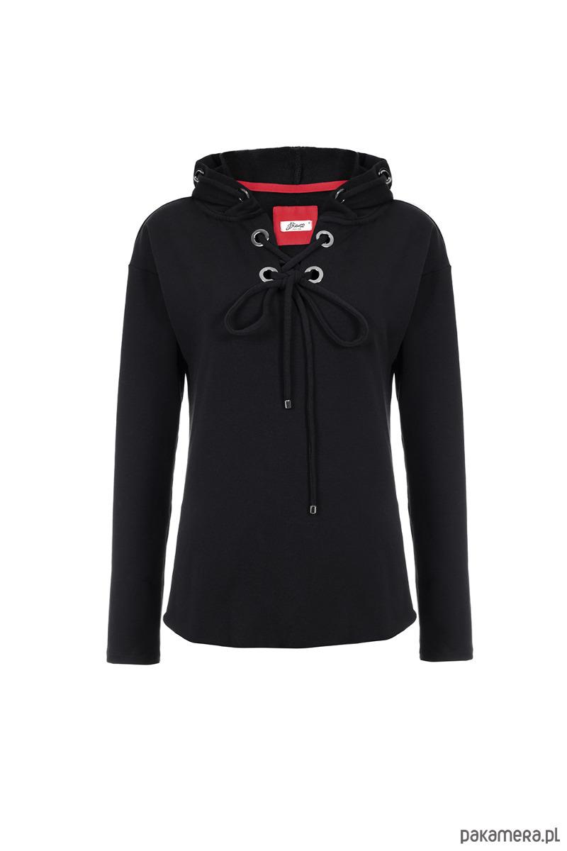 Czarna bluza damska z metalowymi ringami w kaptu
