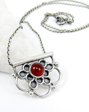 piwonia, Tiny pendant red flower mandala