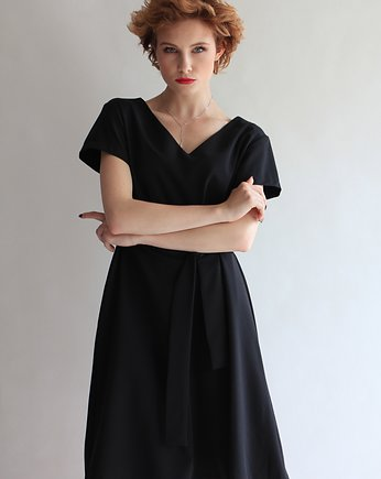 SIMPLICITY Black SHORT TRUE COLOR BY ANN
