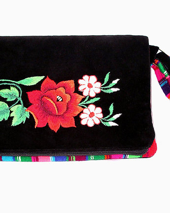 tablet sleeve / messenger bag (art embroidery)