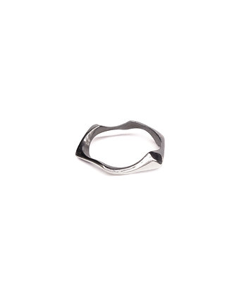 Filimoniuk, WAVES thin / BLACK SILVER RING