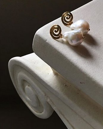 Irregular Pearl Earrings / Large / Ancient Spirals