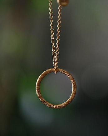 Dorota Kos jewellery, Złoty wisior koło- Simple