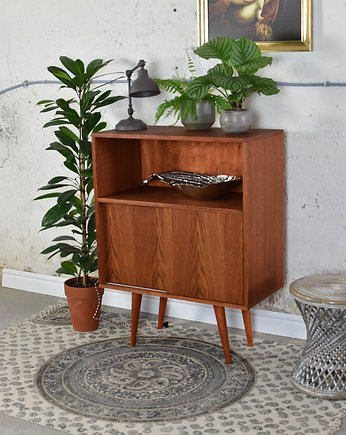 sideboard, Komoda Highboard