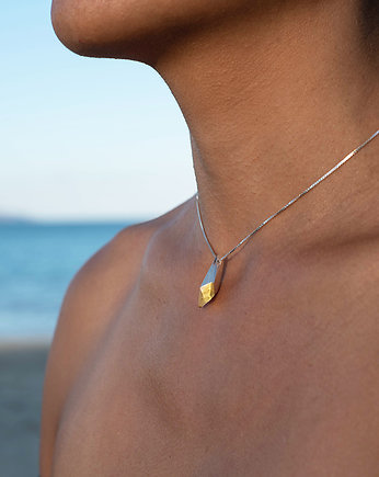 Filimoniuk, ONE AMBER EDGE / amber and silver necklace
