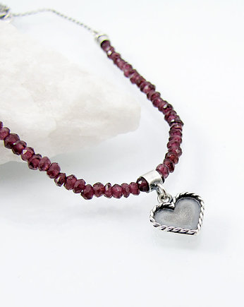 Amade Studio, Heart charm necklace