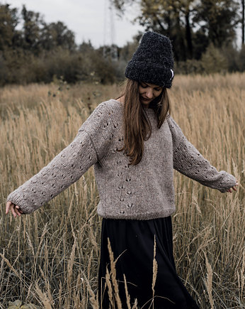 Sezon na sweter, Dahlia Sweater