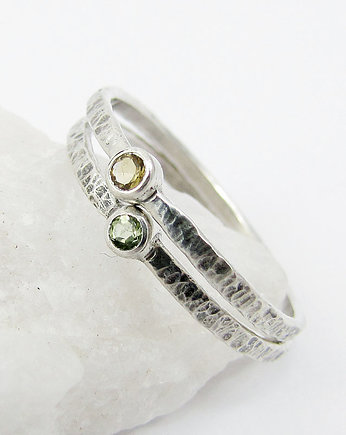 Amade Studio, Hammered peridot and citrine dot