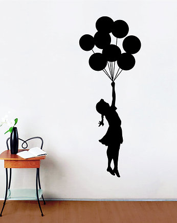 Naklejka Dziewczynka Z Balonikiem Serduszkiem Tapety