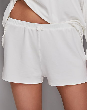 Flawless, CREAM Shorts