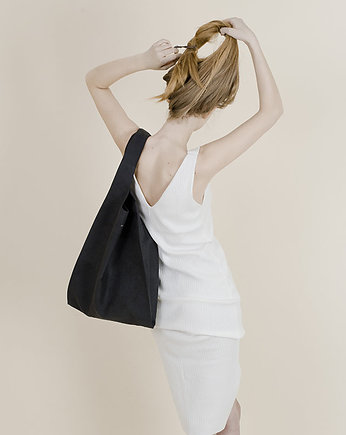 PROUDLY DESIGNED, Hobo Bag - Czarna