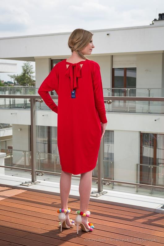 KOKARDECZKA red dress Odkryte Plecy