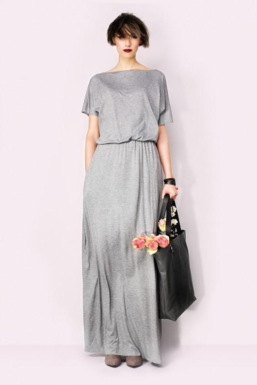 Długa sukienka z kieszeniami