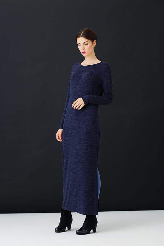 Granatowa sukienka Romania