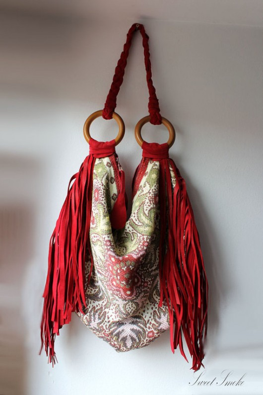 82cfc9db13438 torby na ramię - damskie-Orientalna z frędzlami czerwona zamsz boho