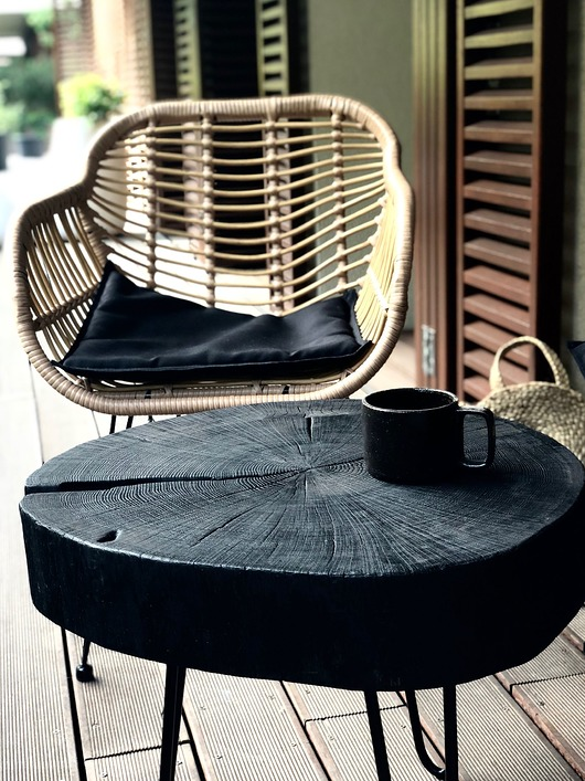 Stolik kawowy z opalanego plastra dębu - OOn