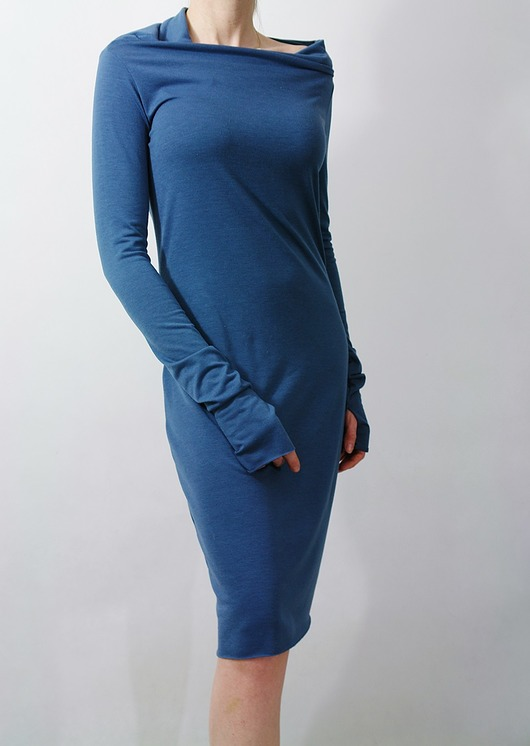 Blue dress z otworem 36/S
