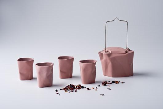 Czajnik Pogięty z kubeczkami różowy - 1953339