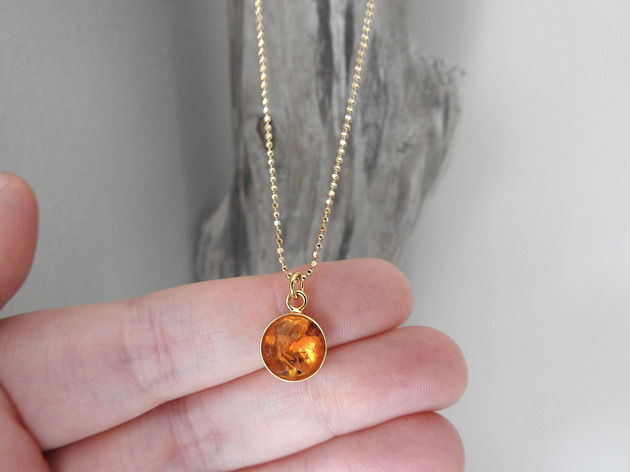 naszyjniki - minimalistyczne-Naszyjnik bursztynem naturalnym Amber eye